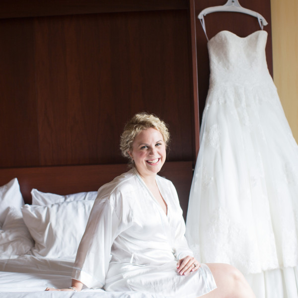 For the Bride: How to Get Stunning Indoor Bridal Portraits
